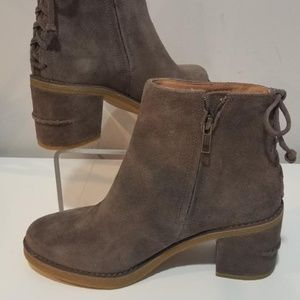 UGG Australia Mysterius Corinne  Ankle Boots